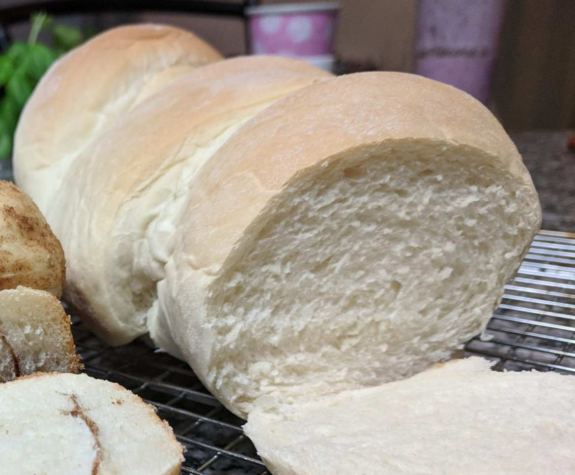 fluffy white bread machine sandwich bread