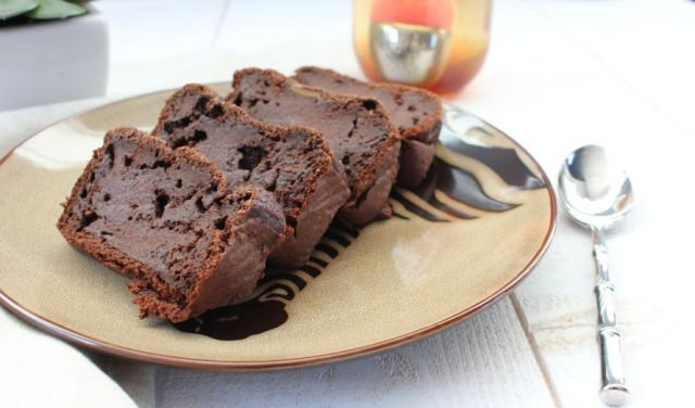 Voici une recette facile avec de la patate douce, un gâteau healthy pour votre dessert