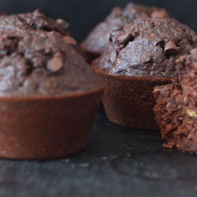 Si comme moi, vous pensez que préparer des muffins aux protéines c'est comme manger du carton, détrompez vous de suite! Testez vite ma recette et vous allez changer d'avis!