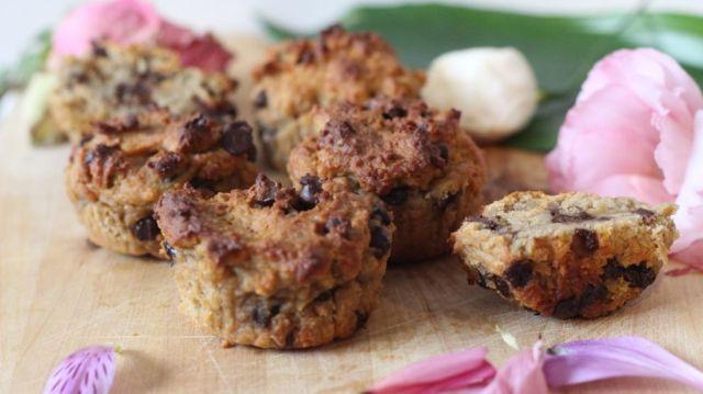 Délicieuse recette de muffins protéinés et aux pépites de chocolat.