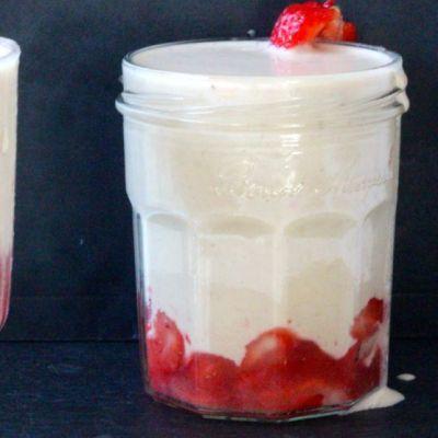 smoothie-beurre-de-cacahuetes-fraise