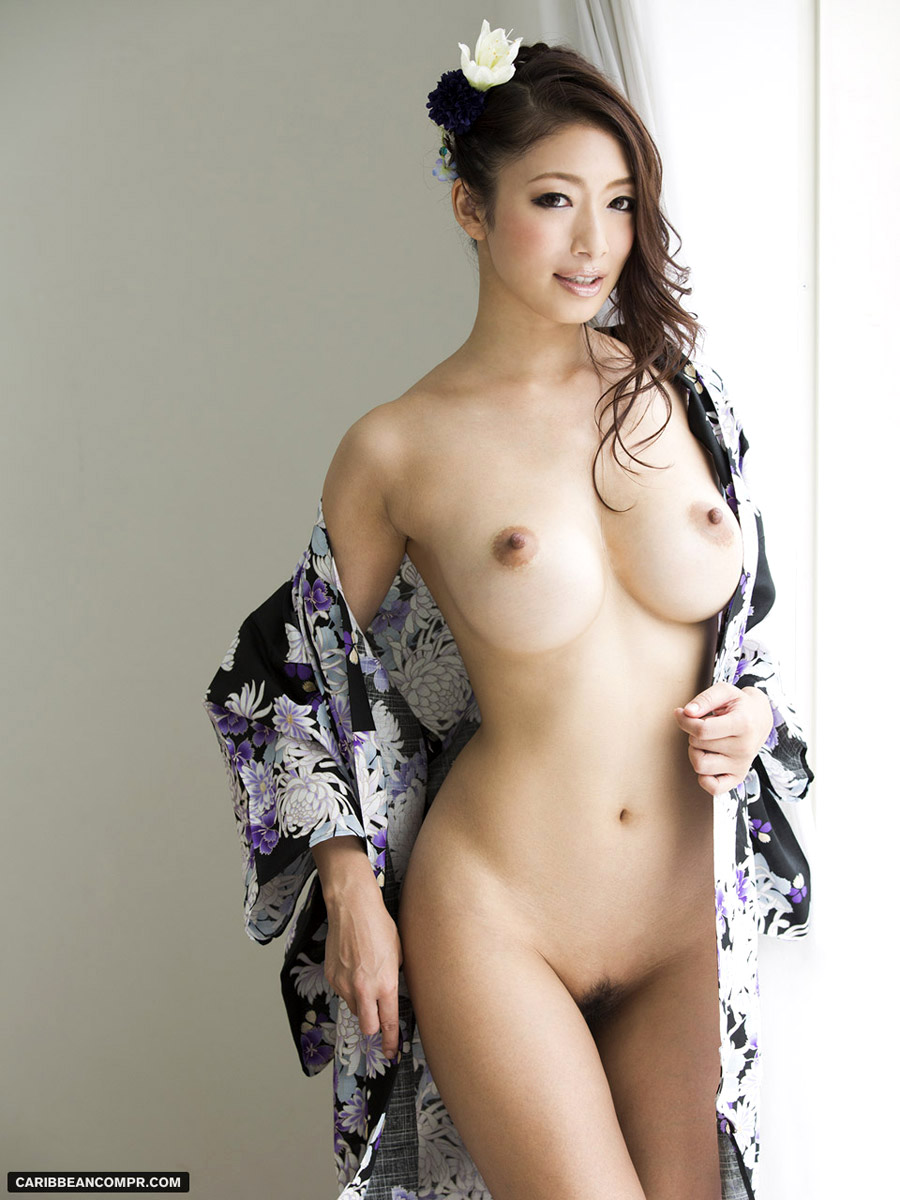 japoneze , tate mari , pizda , cur , filme porno hd , asiatice ,