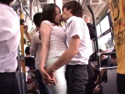 Japoneze futute , autobuz , public , asiatice , filme porno , porno hd ,