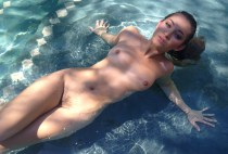 sex in apa , fete amatoare , filme xxx , hd , 2014 ,