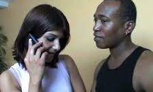 Porno cu amatoare futute in timp ce vorbesc la telefon .