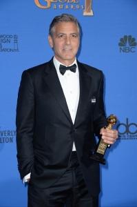 George-Clooney-sur-le-tapis-rouge-des-Golden-Globes-2015_portrait_w858