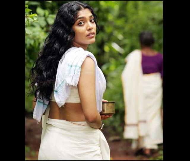 Malayalam Actresses In Hot Avatars Pictures
