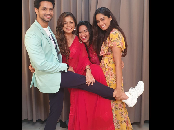 Drashti With Her Silsila Co-actors