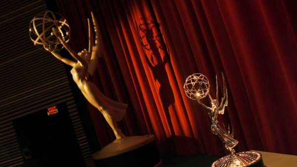 ABC Network Reveals Emmy Trophy Presenters COVID-19 Safety Costume