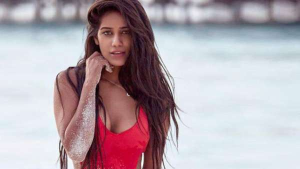 Complaint Filed Against Poonam Pandey For Shooting 'Obscene' Video: Report