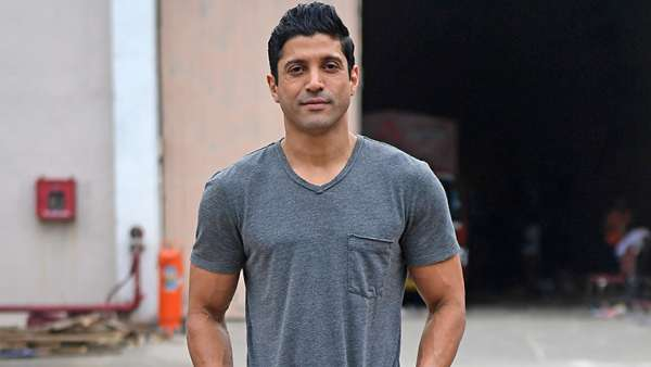 Farhan Akhtar Lashes Out At Those Selling Fake COVID-19 Medication; 'You Have To Be A Special Kind Of Monster'
