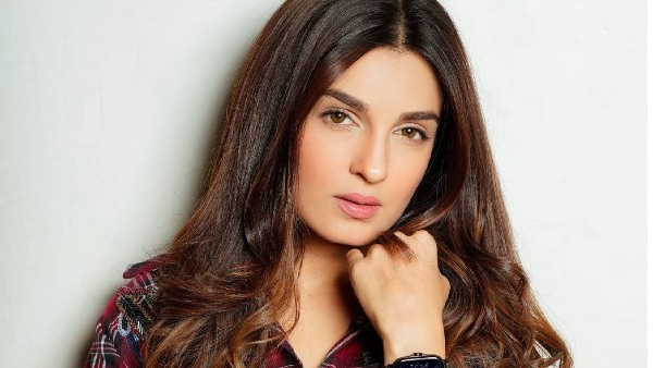 Pandya Store's Shiny Doshi On Her Kissing Pictures: If You Don't Like It, Please Unfollow Me