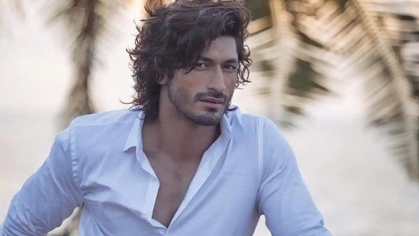 Vidyut Jammwal Does Not Agree That Bollywood Cannot Match Up To Hollywood's Action Films!