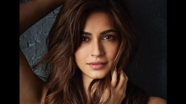 Kriti Kharbanda Emotional Note On Completing 12 Years In Film Industry bollywood news