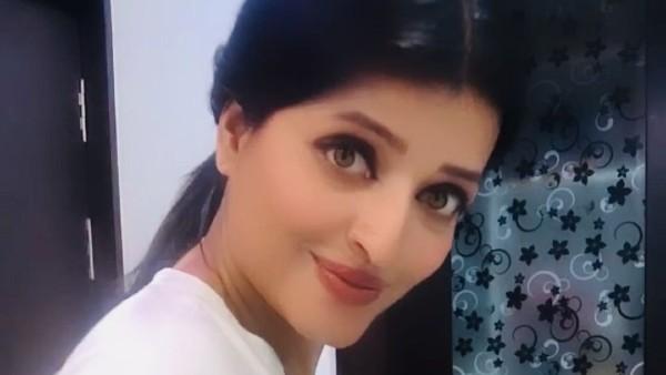 netizens-find-aishwarya-rai-bachchan-s-new-lookalike