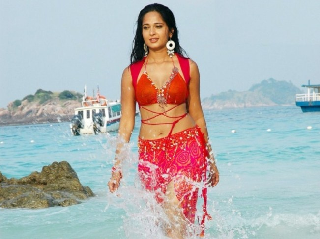Wet South Indian Actresses In Beach Photos 2