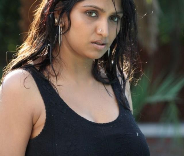 Mallu Actress Bhuvaneswari Hot Pics_1493187854150 Jpg