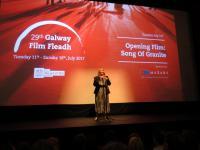 Miriam Allen bei der Eröffnung