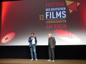 """Rüdiger Suchsland vor seiner Dokumentation """"Hitlers Hollywood"""""""