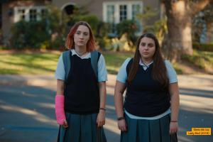 Saoirse Ronan und Beanie Feldstein