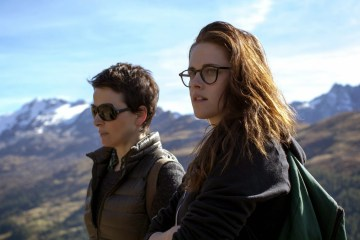 kstewartfans-emotions-collide-in-first-clips-from-olivier-assayas-cannes-entry-clouds-of-sils-maria