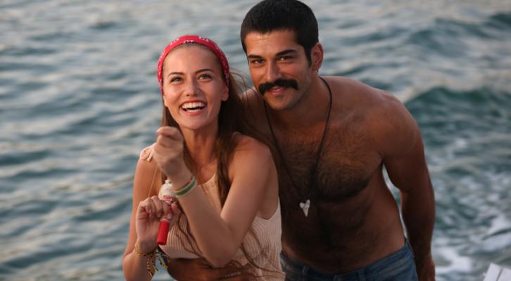 Aşk Sana Benzer Filmi Eleştirisi Filmloverss