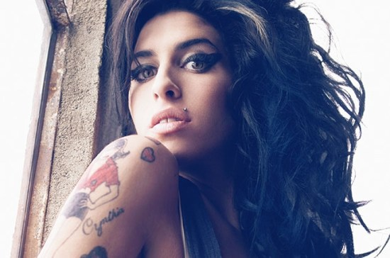 amy-winehouse-belgesel-1-filmloverss