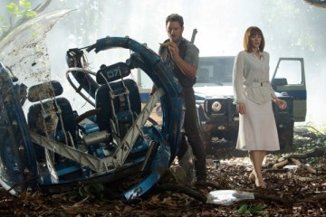 jurassic-world-filmi-filmloverss