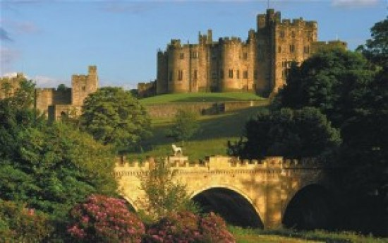 alnwick-castle-harry-potter-hogwarts-filmloverss