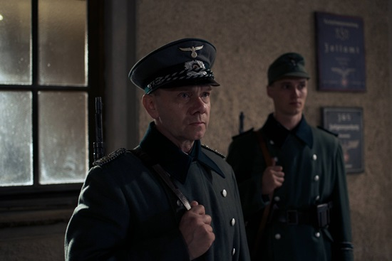 hitler-e-suikast-19-filmloverss