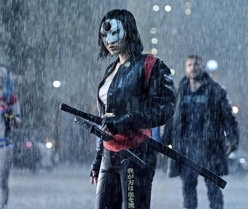 suicide-squad-cizgiroman-filmlerinde-cigir-acacak-23-filmloverss