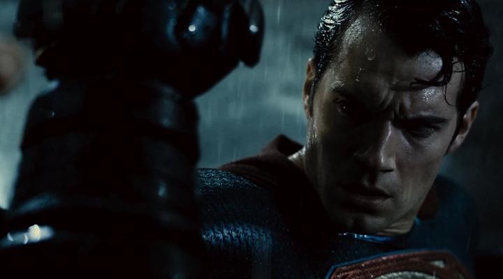 batman-v-superman-dawn-of-justice-dan-son-fragman-filmloverss