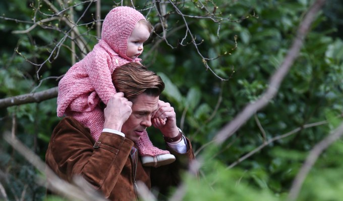 Brad Pitt and Marion Cotillard films a scene for the movie 'Five Seconds of Silence'