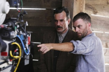 No Merchandising. Editorial Use Only. No Book Cover Usage. Mandatory Credit: Photo by Moviestore/REX/Shutterstock (1640119a) There Will Be Blood (Onset) Paul Thomas Anderson, Daniel Day-Lewis Film and Television