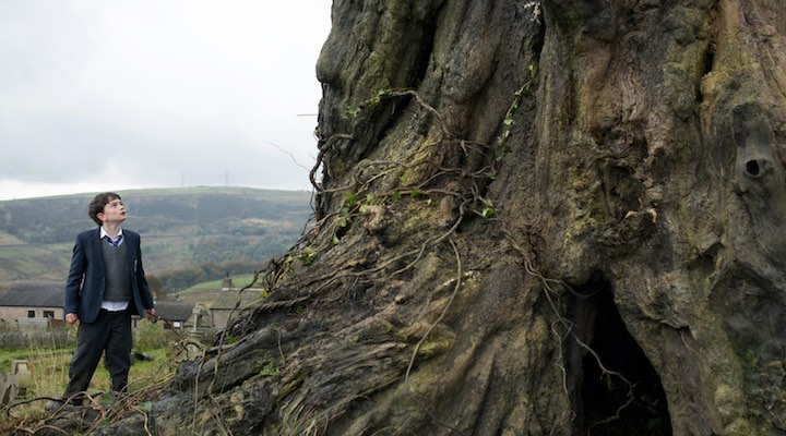 a-monster-calls-canavarin-cagrisi-filmloverss