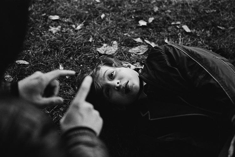 xavier-dolan-in-yeni-filmi-the-death-of-john-f-donovan-dan-nefes-kesen-goruntuler-yayinlandi-14-filmloverss