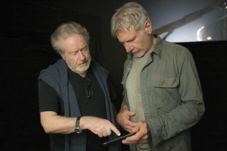 ridley-scott-and-harrison-ford-blade-runner-2049-filmloverss