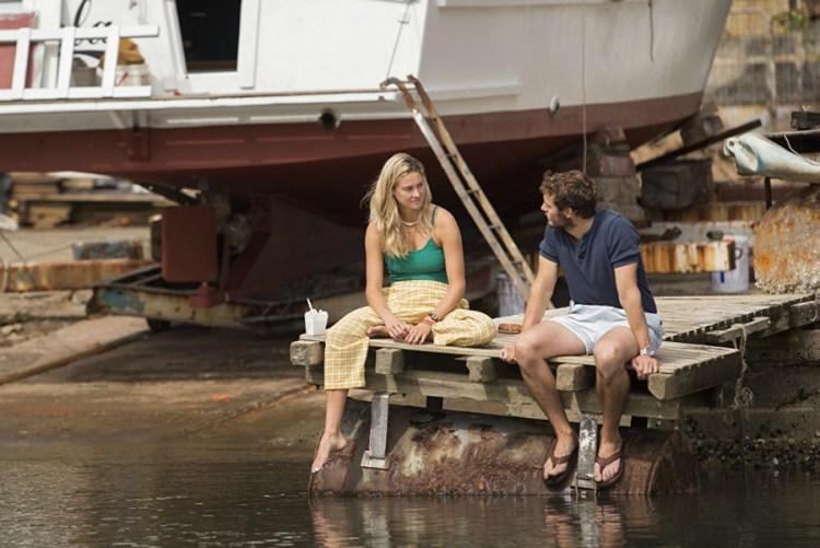 Shailene-Woodley-Sam-Claflin-Adrift-2-filmlovers