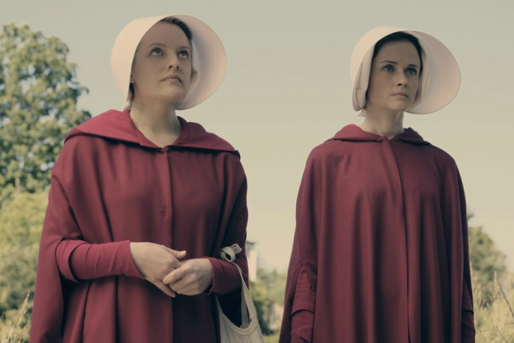 the-handmaids-tale-filmloverss
