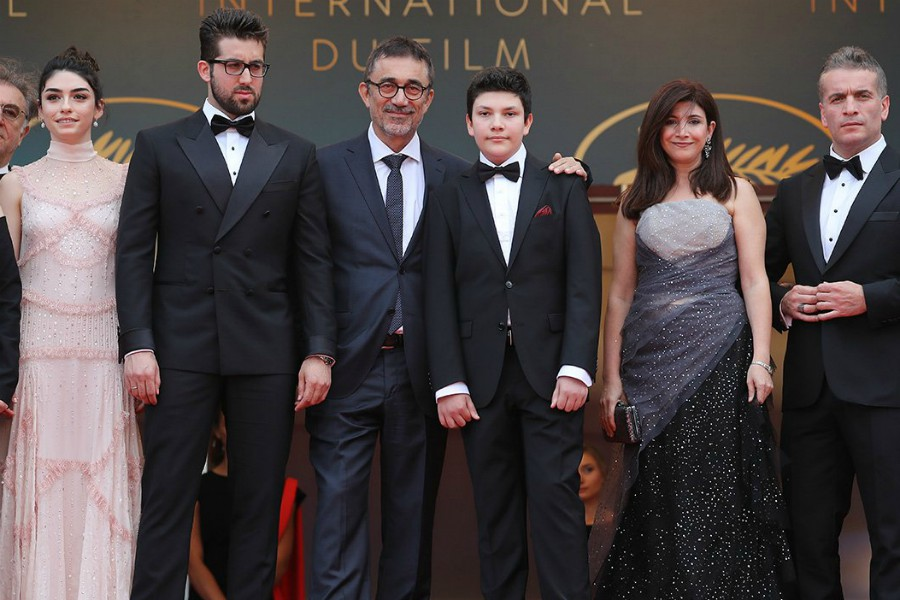 Ahlat Ağacı, 71. Cannes Film Festivali'ndeki Prömiyeri Sırasında Ayakta Alkışlandı - FilmLoverss