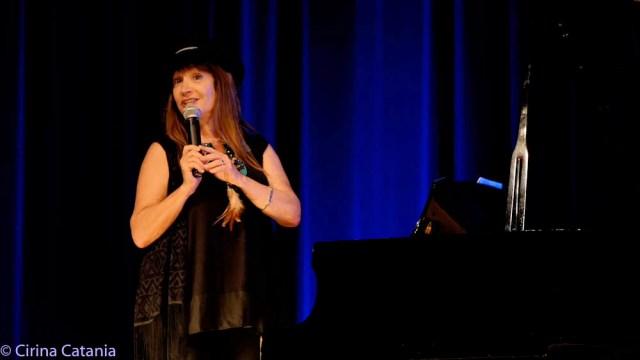 April-Lindsay-Showcase-Aug-2016-7297
