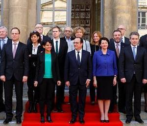 Ο υπουργός Παιδείας στο άτυπο συμβούλιο υπουργών Παιδείας στο Παρίσι