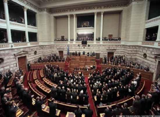 Με μια αλλαγή ψηφίστηκε η τροπολογία του Υπουργείου Παιδείας
