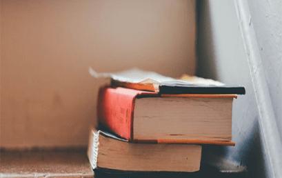 Πως τα βιβλία έπλασαν την παιδική ζωή μου…