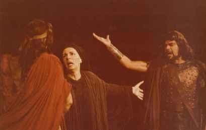 """Για τις """"Φοίνισσες"""" του Ευριπίδη: (1) Εισαγωγικά"""