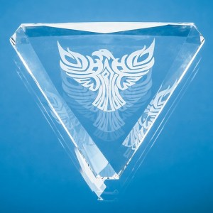 9cm Optical Crystal Facet Triangle Paperweight