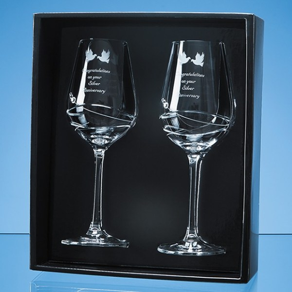 2 Diamante Wine Glasses with Modena Spiral Cutting in an attractive Gift Box