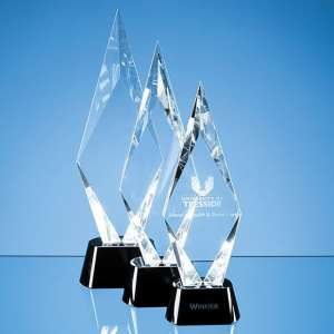 28.5cm Optical Crystal Facet Mounted Peak Award with Onyx Black Base