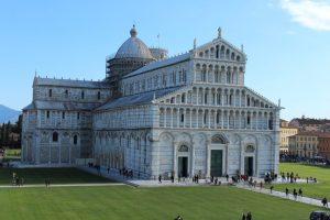 Il Duomo di Pisa in Piazza dei Miracoli