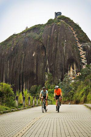 Cyclists at El Peñón de Guatapé, about 2 hours outside Medellín (courtesy ProColombia)